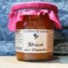 Confiture d'abricot aux amandes